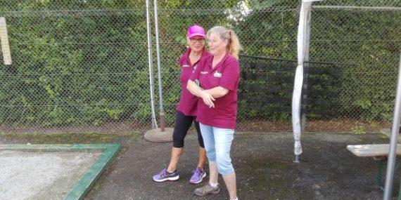 Sigrid Garner/Heidrun Roth verteidigen den Pokal